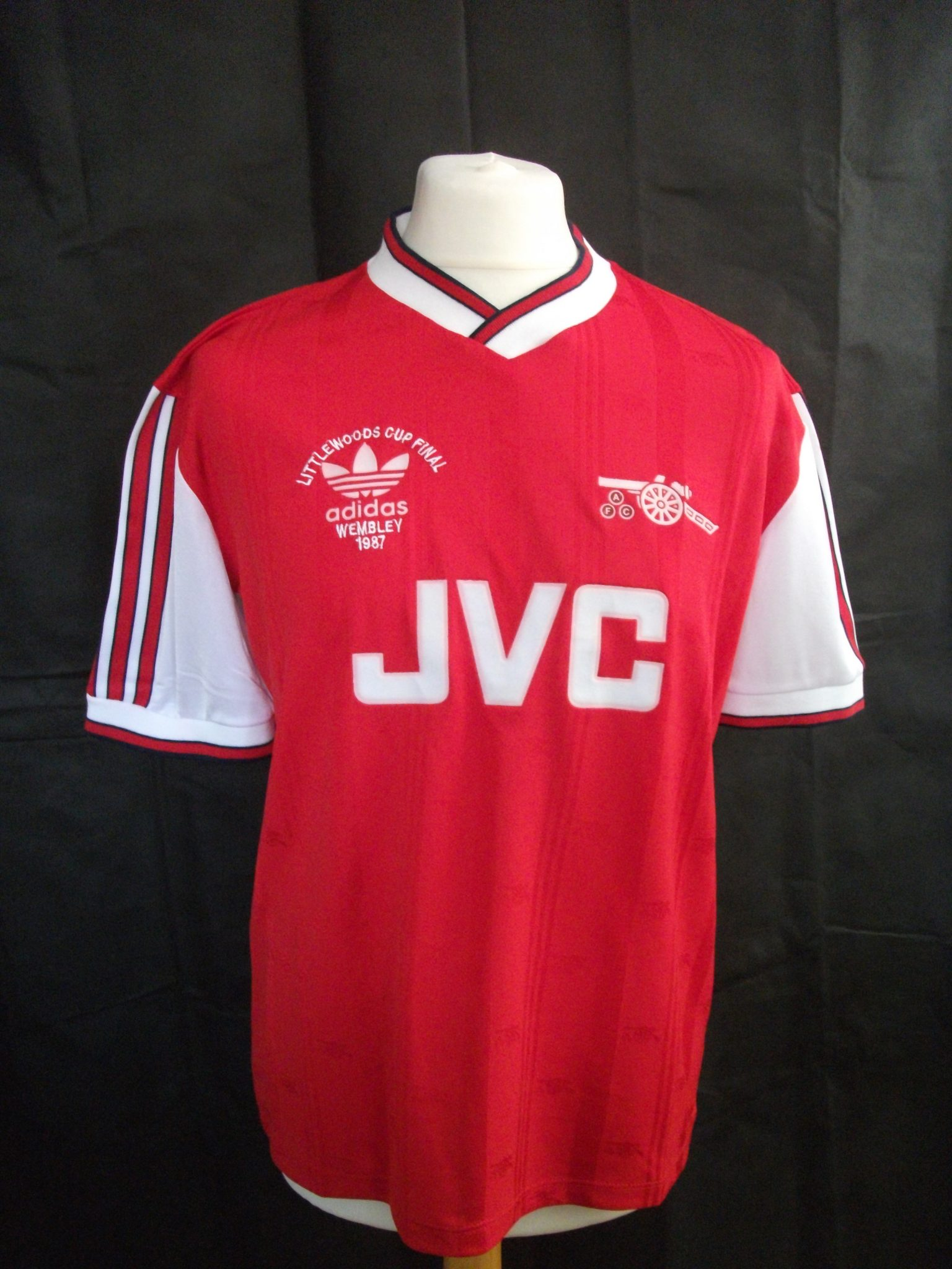Vintage Adidas Arsenal 1987 football shirt1
