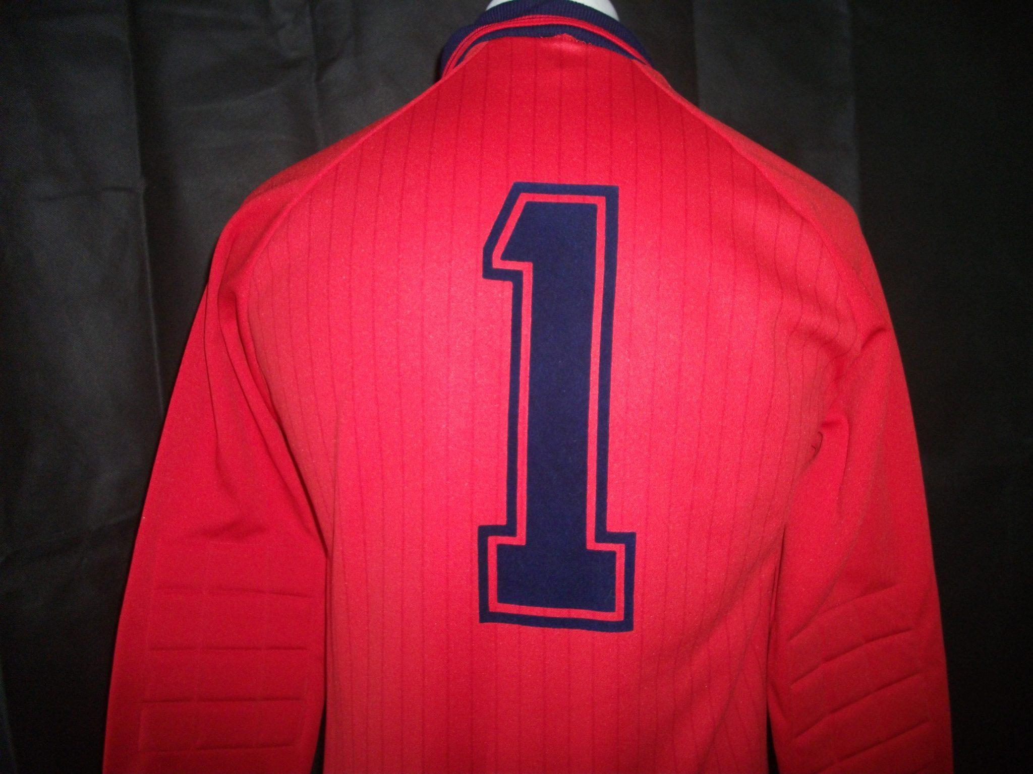 f8f624f52bc Vintage Umbro 1970's/80's Arsenal Goalkeeper prototype shirt.5 - On ...