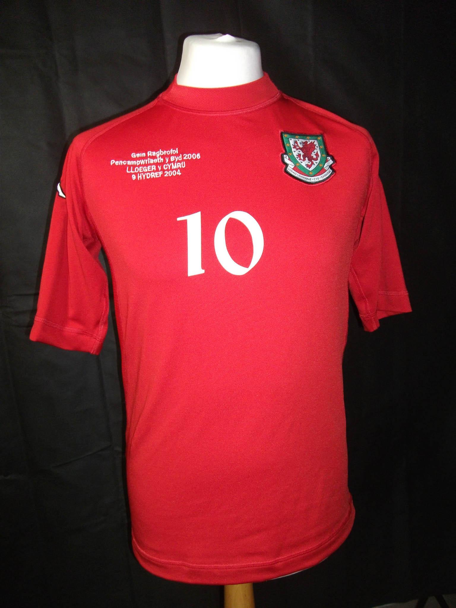 Vintage 2004 Wales Kappa football shirt2