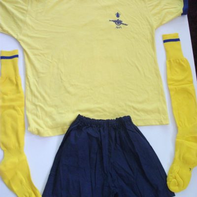 Replica Arsenal FA Cup Final 1971 football kit1